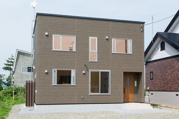 インテリアを生かす色彩豊かな家