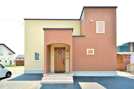 収納スペースを確保したスッキリ片付く暮らしやすい家