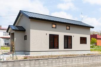 開放的でとても明るいロフト付き平屋住宅