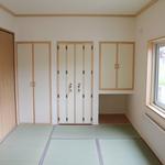畳を張替え収納も増えた和室