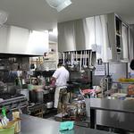 使いやすさと清潔感がかんじられる厨房